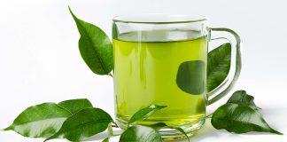 trà xanh giúp giảm mụn